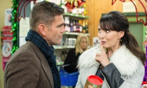 EastEnders: Roxy suspects Jack and Honey! Bex under pressure!