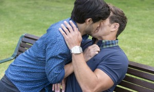 Neighbours: David kisses Aaron! The new Rebecchis move in!